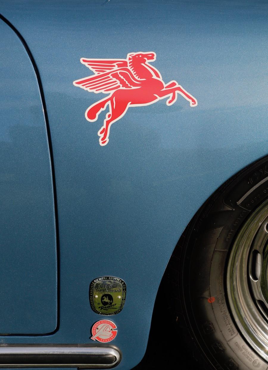 Porsche 356 Fender placement Pegasus Logo