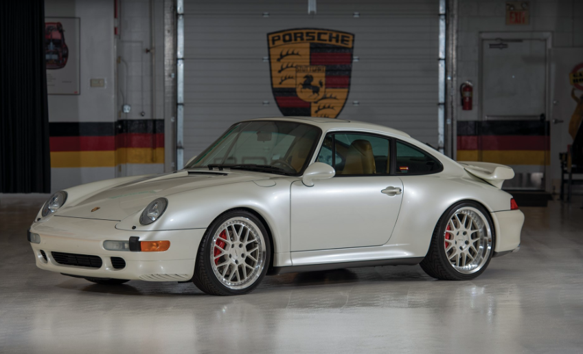 Classic Porsche 911 Turbo air cooled