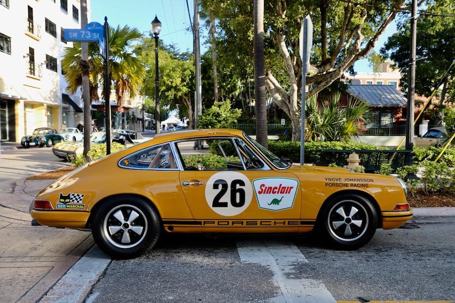 Vintage Porsche 911 Race Car at DRT2020