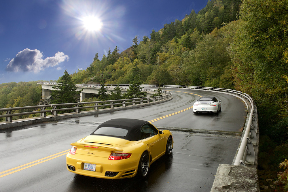 Porsches driving the Blue Ridge Parkway