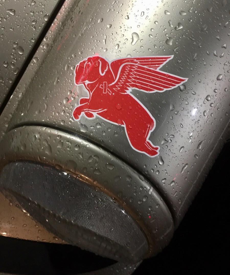 Porsche 911 with Pegasus Logo