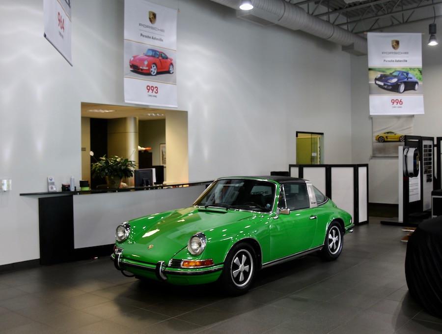 Classic Air Cooled Porsche 911