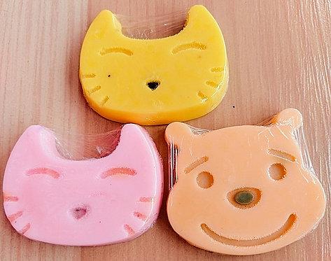 HELLO KITTY AND POOH SOAP HOMEMADE