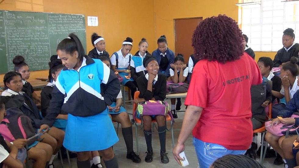 IPM CIndy and girls.jpg