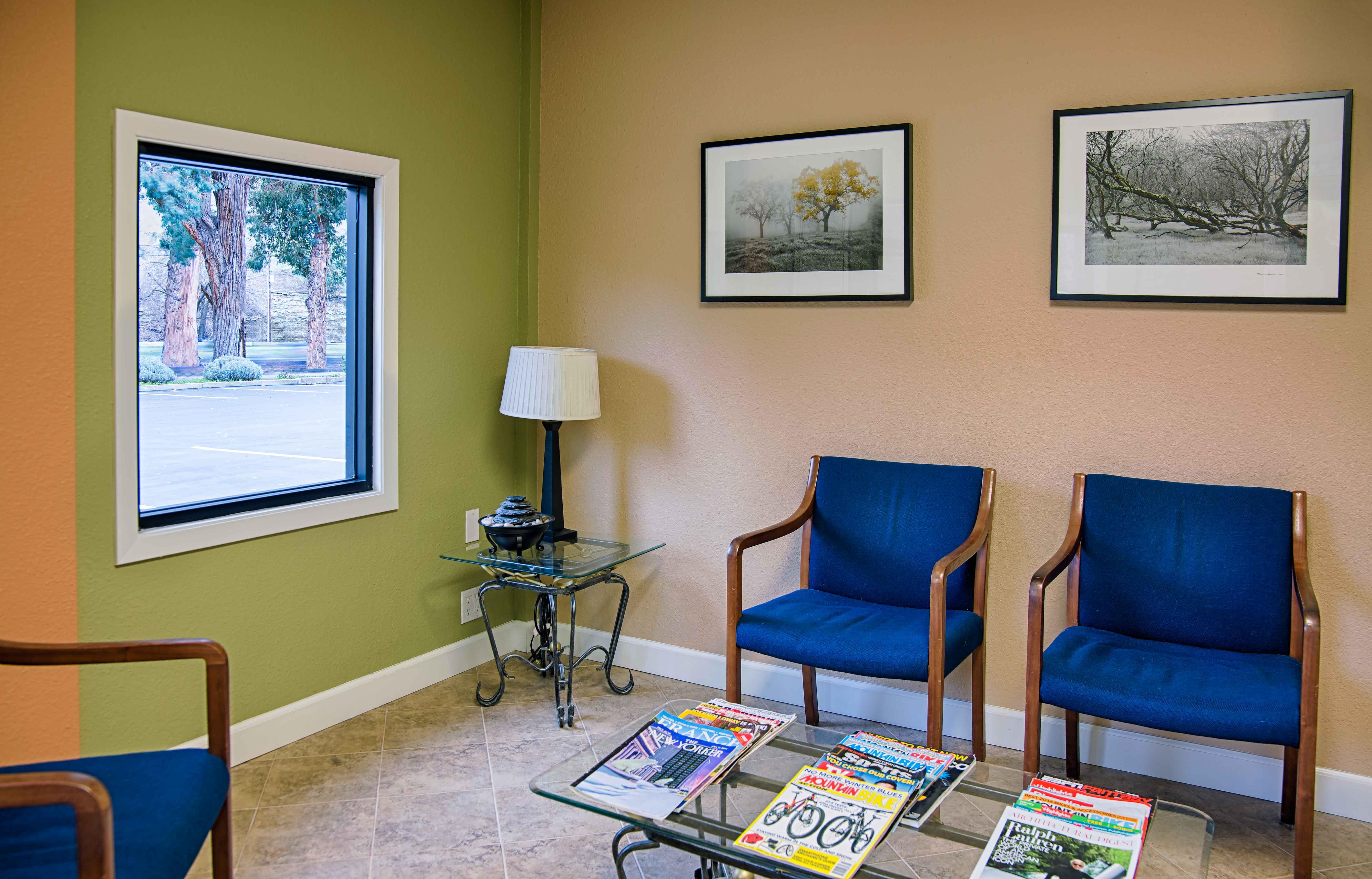 waitingroom_HDR.jpg
