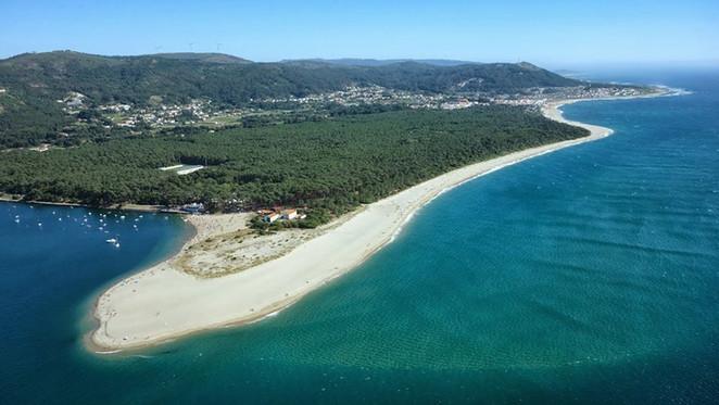 Praia de Caminha  - 1 km
