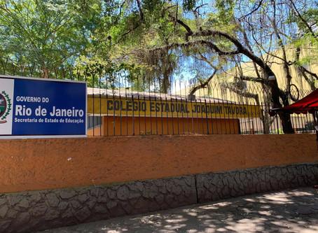 Escolas públicas reabrem sem alunos e sem professores, em Niterói