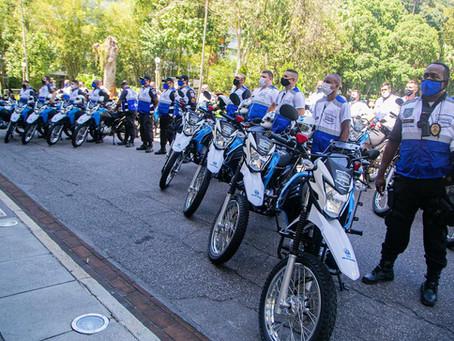 Segurança Presente recebe 20 motos, mas estrutura segue menor que na gestão municipal