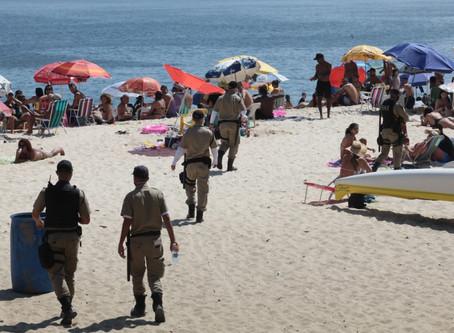Niterói proíbe acesso dos ônibus à Praia de Itaipu nos fins de semana