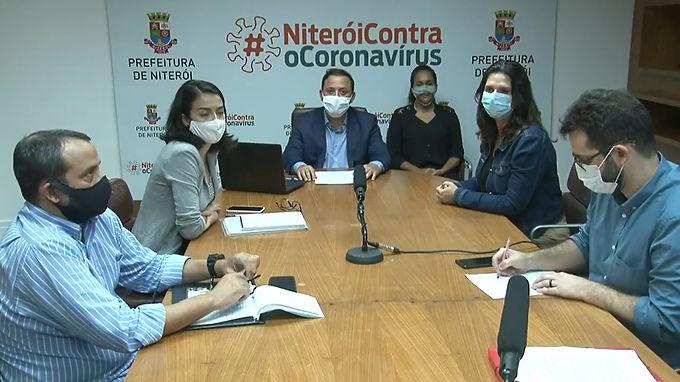 Volta às aulas em Niterói deve começar pelo Ensino Médio, prevê prefeito