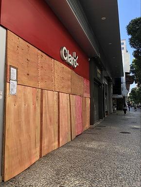 Mais de 100 lojas já fecharam na pandemia de Covid em Niterói