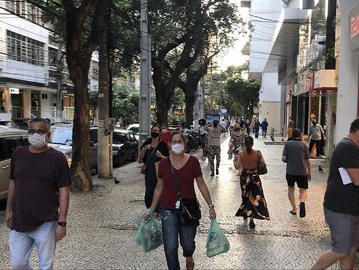 Comércio de rua e ambulantes podem trabalhar a partir de 9h em Niterói