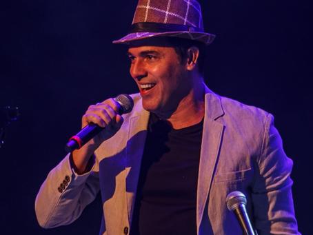 Cláudio Lins canta e celebra obra de Chico Buarque no Theatro Municipal nesta sexta e sábado