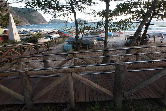 Praia de Itaipu ganha novo visual