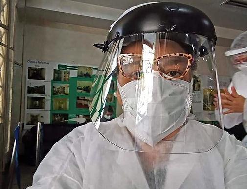 A dura rotina de uma técnica de enfermagem na pandemia em Niterói