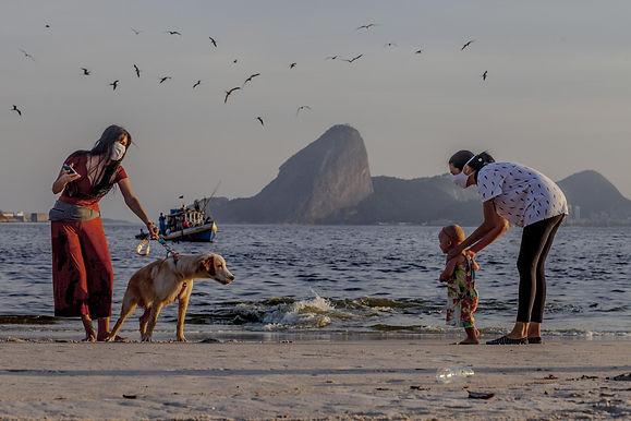 Cem dias de pandemia, em Niterói, nas fotos de Gustavo Stephan