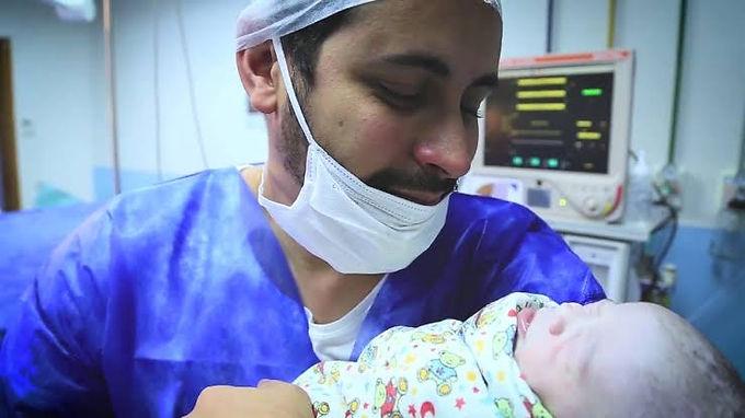 Famílias de Niterói vão poder voltar a visitar mamães e bebês na maternidade