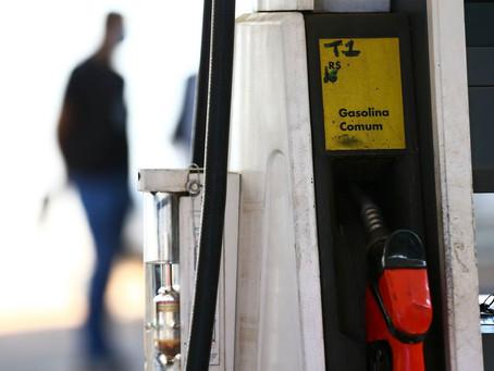Preço médio da gasolina continua subindo e chega a R$ 6,30 em Niterói