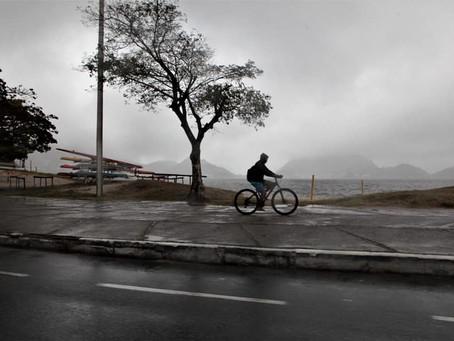Temperatura volta a subir em Niterói, mas fim de semana será de chuva