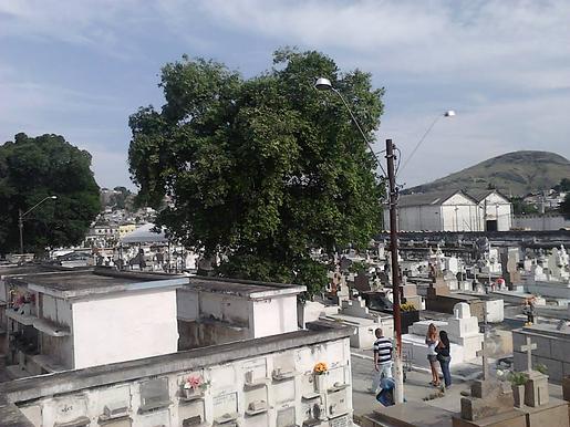 Cemitérios de Niterói terão medição de temperatura, distanciamento e higienização em Finados