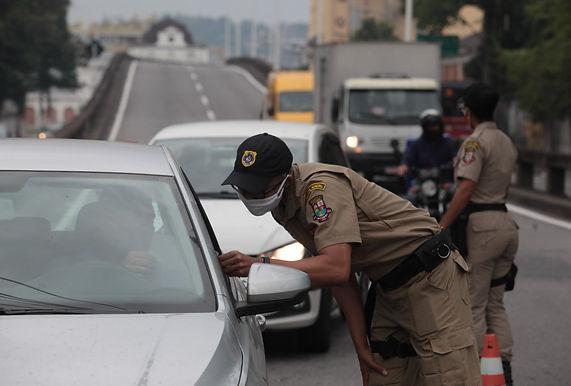 Niterói reforça controle nas entradas e saídas da cidade