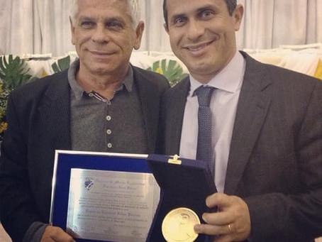 Pai de Felipe Peixoto morre vítima de complicações da Covid-19