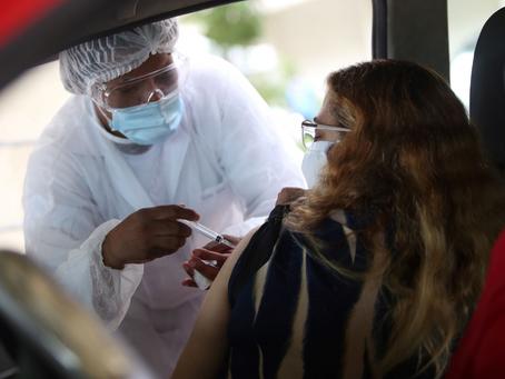 Niterói terá vacina contra Covid para 63 anos e também vacinação contra a gripe, nesta segunda