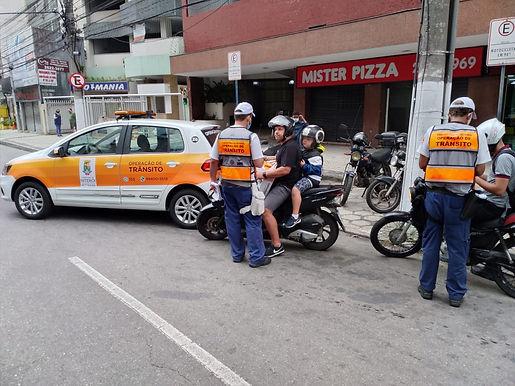 Fiscalização de motos barulhentas em Niterói já abordou 150 motociclistas