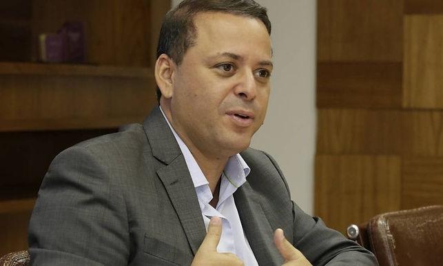 Ex-Prefeito de Niterói Rodrigo Neves já está em Portugal para estudos na Universidade de Coimbra