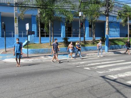 Cidades vizinhas a Niterói também endurecem medidas restritivas