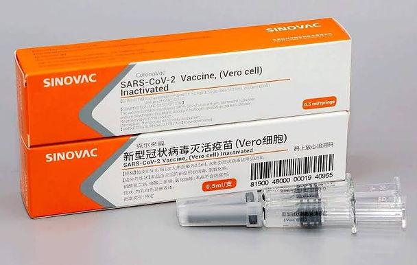 Todo medicamento no Brasil usa matéria-prima da China, diz cientista