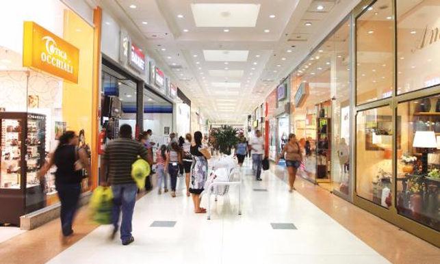 Comércio de Niterói prepara lojas mas espera boom de vendas pela internet