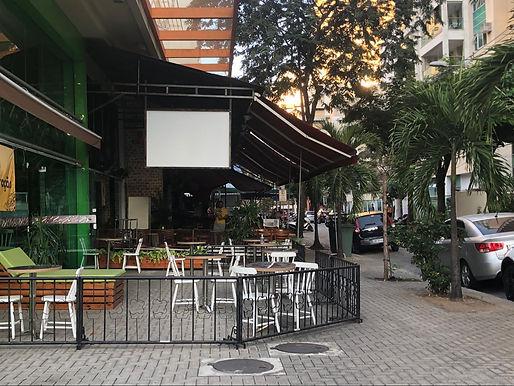 Estado do Rio impõe lei seca em calçadas a partir das 22h, mas Niterói descarta restrição