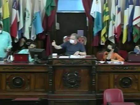 Comissão de Saúde da Câmara entra na Justiça cobrando transparência nos dados da Covid em Niterói