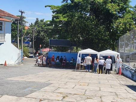 Vacina em São Gonçalo acaba, e cidade aguarda nova remessa para retomar campanha