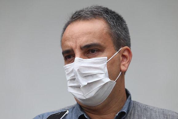 Diretor do hospital de referência em Covid de Niterói diz que quadro se estabilizou