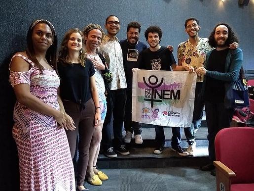 Curso de pré-vestibular comunitário para trans de Niterói faz parcerias