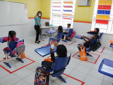 Niterói reabre mais sete escolas municipais, enquanto particulares retornam ao ensino remoto