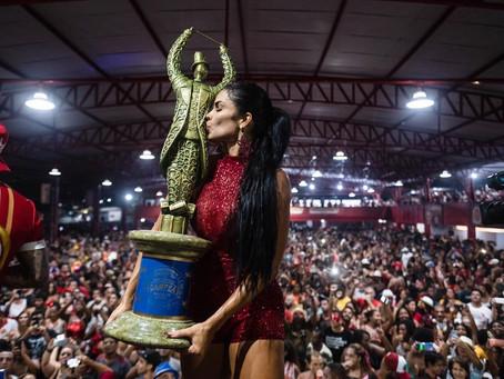 Raíssa Machado não é mais rainha de bateria da Viradouro e fala em 'despedida difícil'