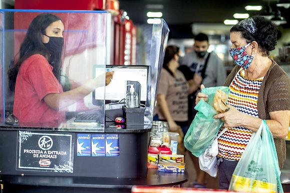 O risco da Covid-19 no trabalho nas padarias em Niterói