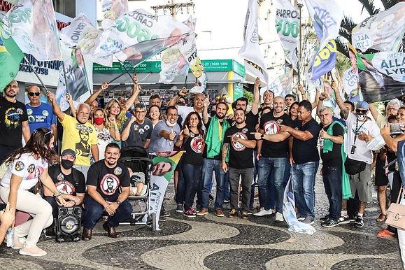 Candidato bolsonarista é denunciado por campanha sem máscara, em Niterói
