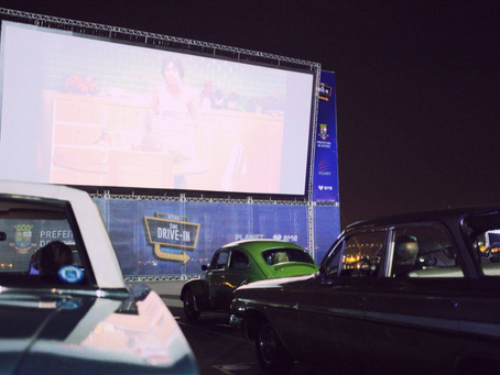 Niterói inaugura cine drive in com filme de Paulo Gustavo