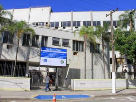 Mulher é morta a facadas pelo companheiro em São Gonçalo; filha dela, de 5 anos, ficou ferida
