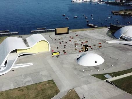 Niterói terá cinema drive-in na pandemia de Covid no caminho Niemeyer