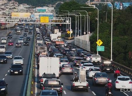Engarrafamento na Ponte faz vida parecer quase normal para morador de Niterói