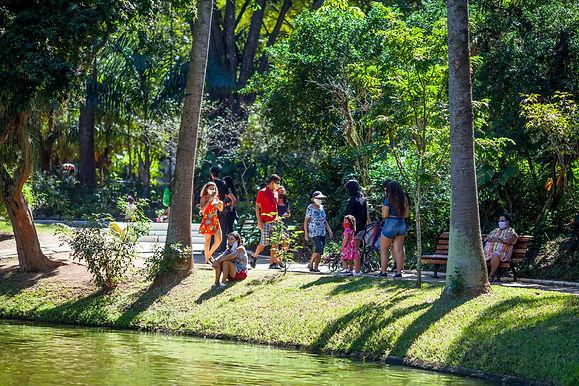 Parques e praças reabrem e têm novos horários em Niterói