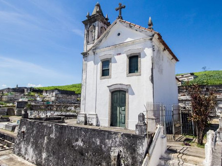 Cemitério do Maruí tem fila para enterros; Prefeitura nega