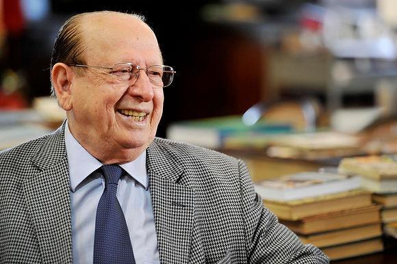 UFF faz 60 anos: Gramático Evanildo Bechara fala da importância da universidade