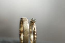 Eheringe Mittelgold, Icematt, Rohdiamant