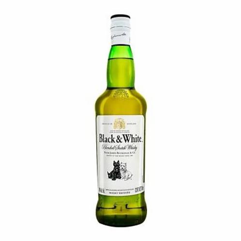 Black  & white Whisky 700 ml